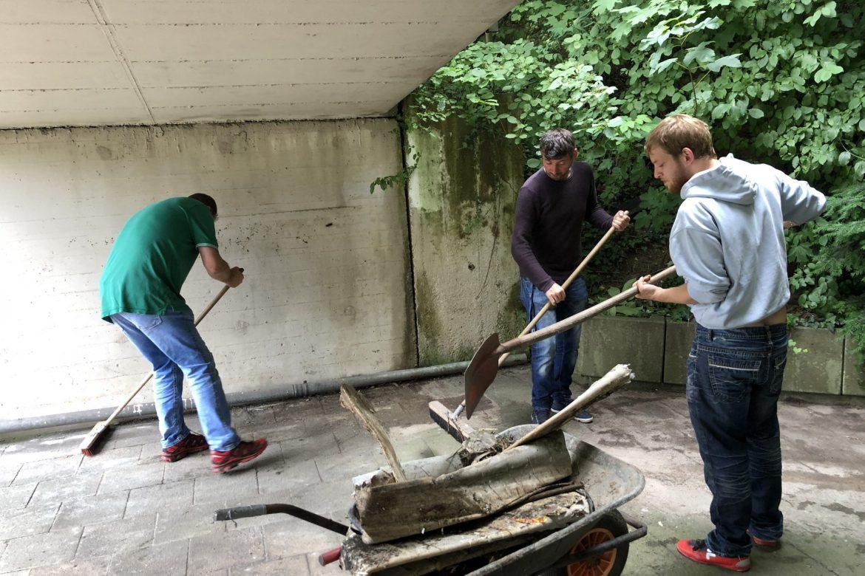 Putz- und Räumaktion im Holzhof