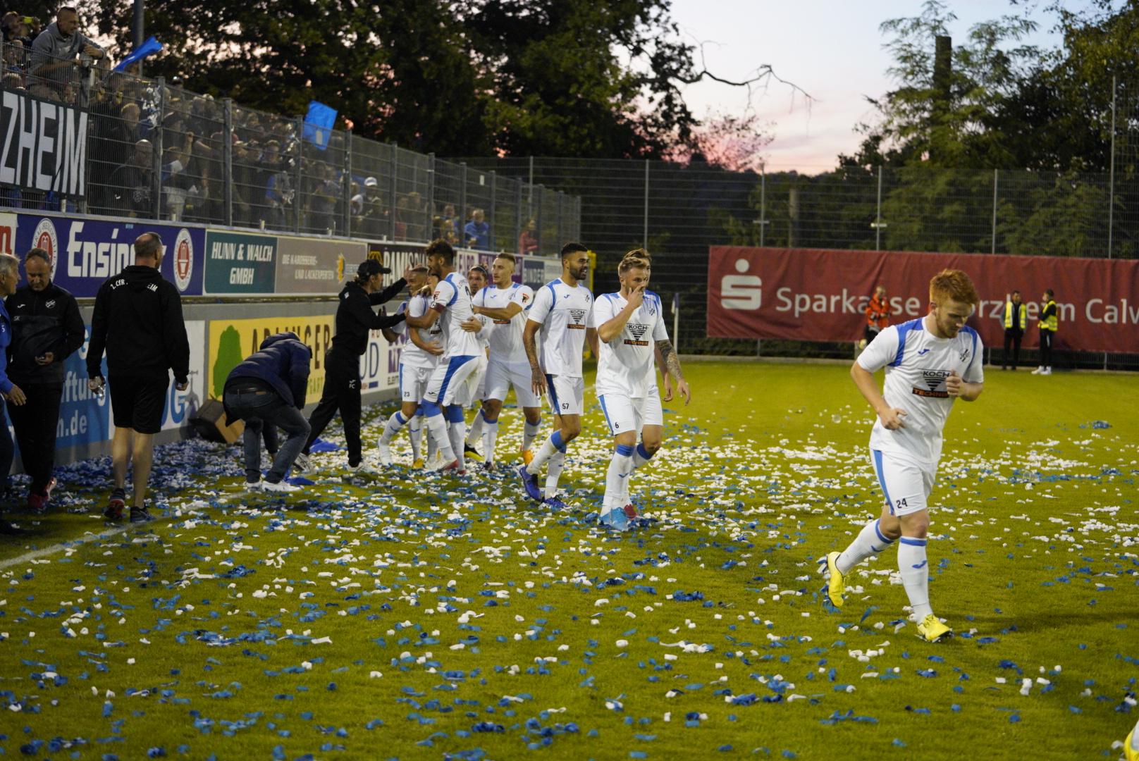 DERBYSIEG – Der 1. CfR schlägt den FC Nöttingen verdient mit 3:0